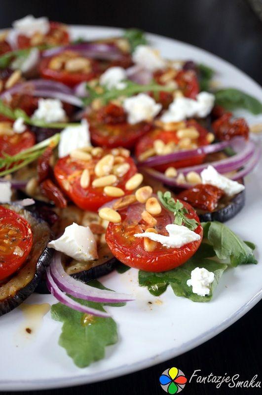 Sałatka z grillowanych bakłażanów i pieczonych pomidorków koktajlowych z serem feta http://fantazjesmaku.weebly.com/sa322atka-z-grillowanych-bak322a380anoacutew-i-pieczonych-pomidorkoacutew-koktajowych-z-serem-feta.html
