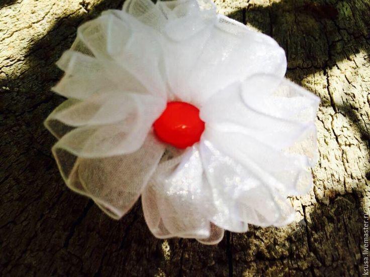Купить Резинка для волос из органзы. - подарок, свадьба, белый, прическа, волосы, резинка для волос, цветок