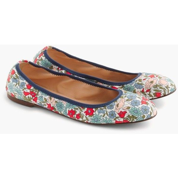 J.Crew Lea Ballet Flats (150 CAD) ❤ liked on Polyvore featuring shoes, flats, ballet flats, flower print shoes, floral pattern shoes, ballet shoes and j crew flats