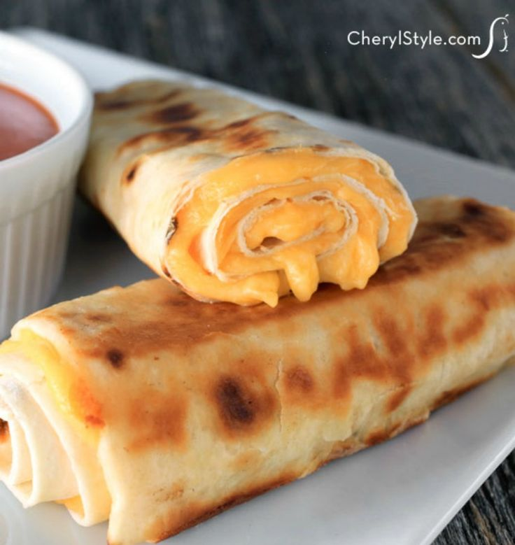 Your favorite classic sandwich just got better!  Our grilled cheese rolls are perfect for dipping in tomato soup or your favorite sauce! - Everyday Dishes & DIY