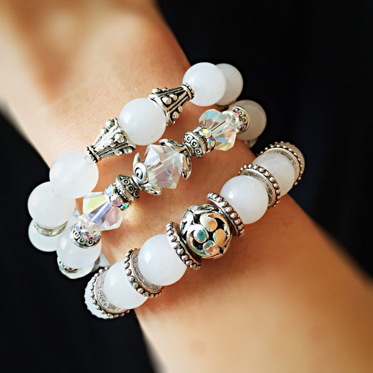 White gemstones...bicones ab and silver beads bracelet