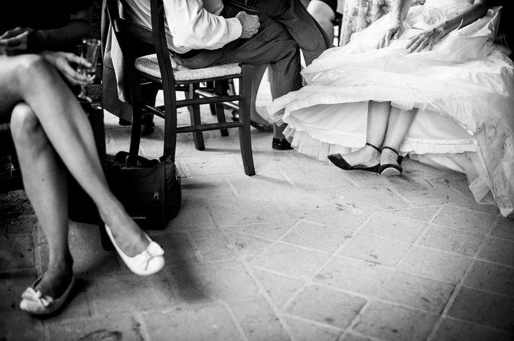 Bride relaxing La sposa in un momento di relax :) http://www.alessandrovargiu.com
