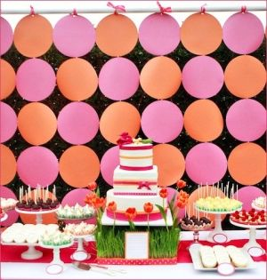 dots: Dessert Tables, Polka Dots, Desserts Display, Birthday Parties, Wedding, Candy Bar, Parties Ideas, Backdrops Ideas, Desserts Tables