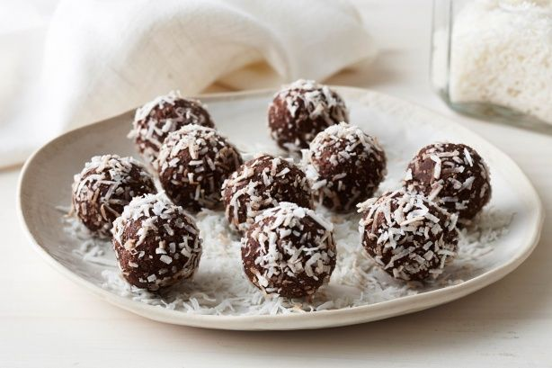 Healthy cacao, coconut and date balls. A quick, healthy snack that you can make in advance and freeze. Start this recipe a day in advance.