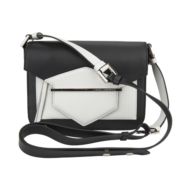 Karly in Black&White as usual - #KarlLagerfeld leather bag