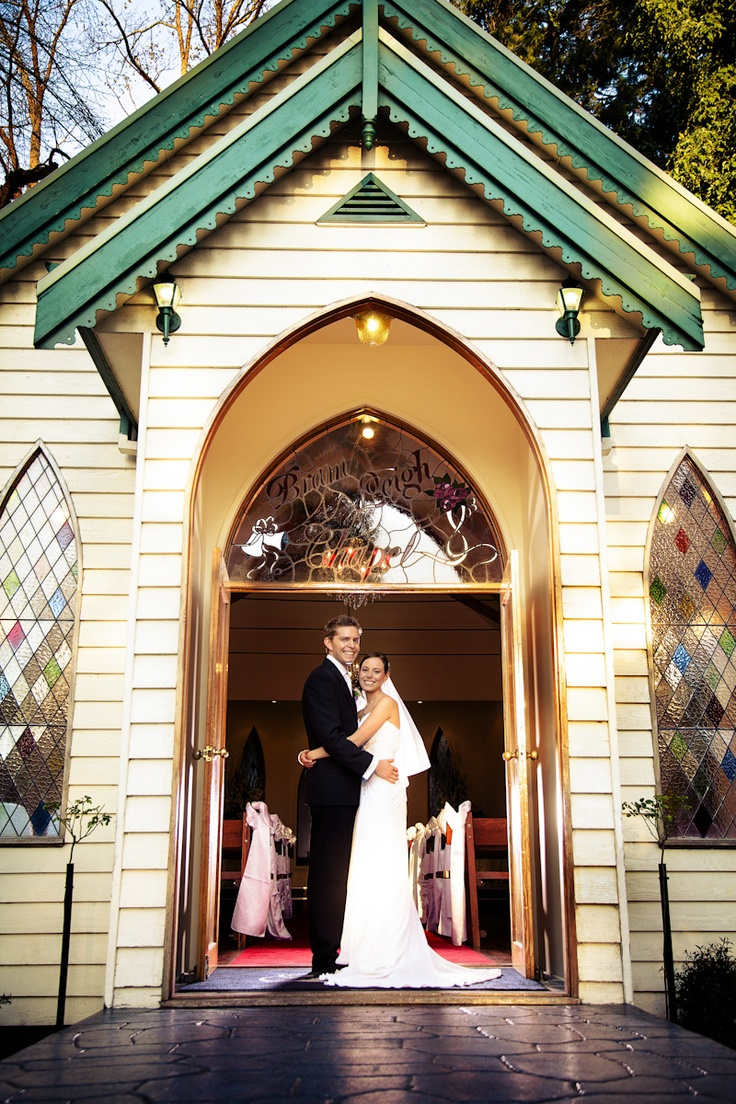 Bram Leigh Receptions Chapel - Whitepoint photography