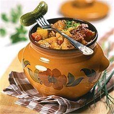 Предлагаем вам несколько рецептов блюд в горшочках.Томатный суп, запеченный в духовкеИнгредиенты на 6 человек:1 кг помидоров, 800 гр бульона, 3 средних луковицы, тертый пармезан - 150 гр, белый хлеб …