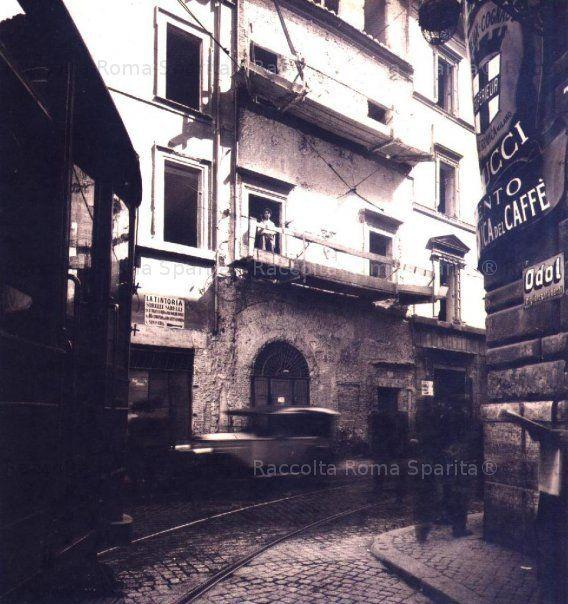Via Alessandrina, demolizione della casa detta di Sisto IV, 1929