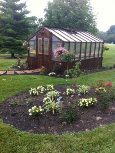 greenhouse: Greenhouses Recipes, Greenhouses Design, Gardens Ideas, Green Houses, Greenhouses Landscape, Frames Greenhouses, Dreams Greenhouses, Greenhouses Ideas, Greenhouses Dreams
