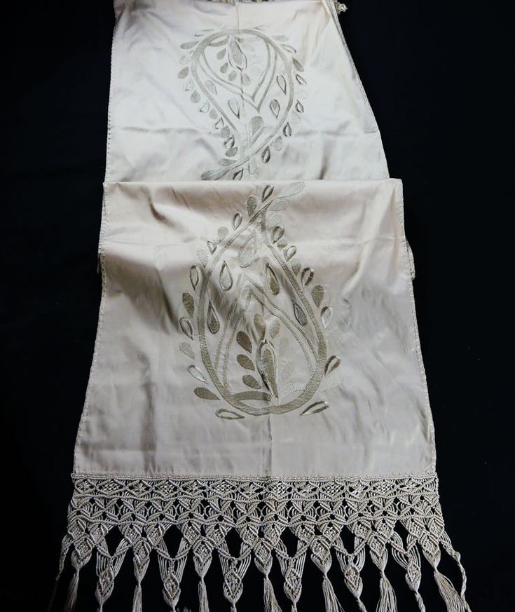 SILK TABLE RUNNER WITH EMBROIDERY AND HANDMADE MACRAME 47