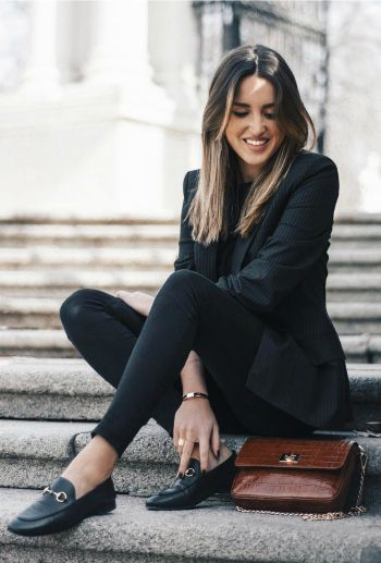 Alba Hervás + loafers + classically cool style + skinny black jeans + pin stripe blazer + all black + definite sophistication.   Shoes: Anna Xi, Bag: The Code Place.