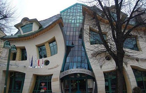 De Twaalf Meest Aparte Gebouwen van Europa - StedenTripper