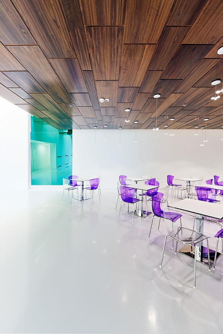 Foldes Architects | www.foldesarchitects.hu | #innovation #centre #architecture #interior #glass #wood #reflection #cafe