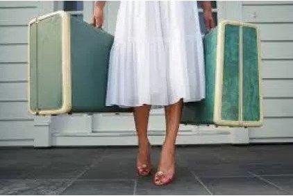 Tas koper trolley dan travel bag balazha, melayani berbagai macam pemesanan secara grosir dan eceran. Kami adalah produsen tas koper berkualitas yang ada di kota surabaya.  http://balazha.com/tas-koper-trolley-dan-travel-bag/  #Tas_koper_trolley_dan_travel_bag