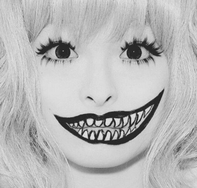 teeth makeup---simple halloween makeup