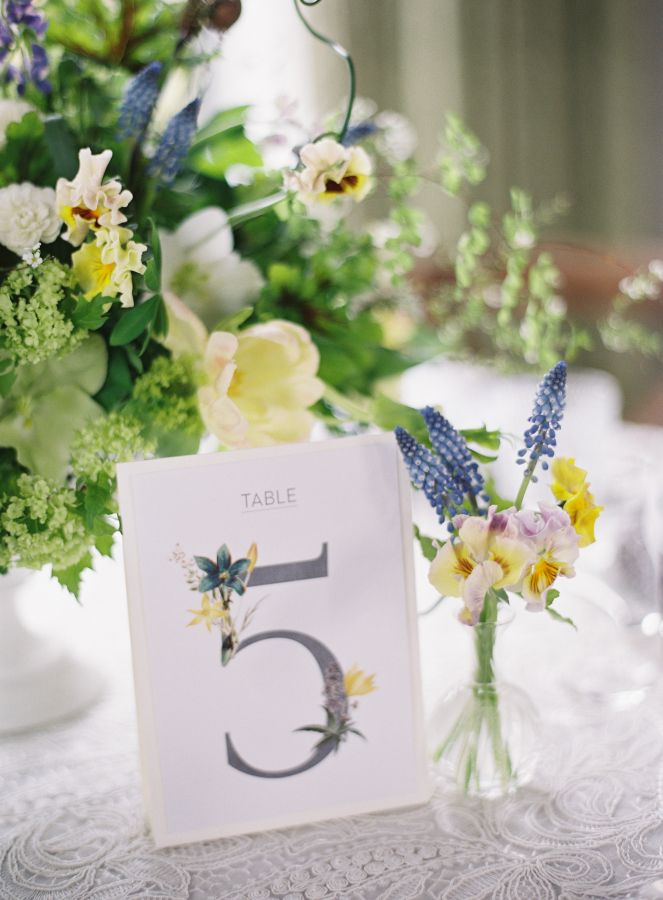 Spring table decor: http://www.stylemepretty.com/2017/04/17/gorgeous-florals-to-inspire-your-spring-wedding/ Photography: Judy Pak - http://judypak.com/