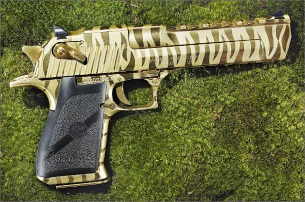 Field and Stream picks the Desert Eagle .50 as the best hunting pistol of 2013: Hunt'S Handgun, Desert Eagles .50, Eagles 50, Gold Tigers, Eagles Mark, Stripes Desert, Coolest Guns, Desert Eagles Guns, Tigers Stripes