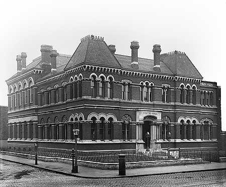Vestry Hall, corner of Walworth Road and Wansey Street. 18 Mar 1898