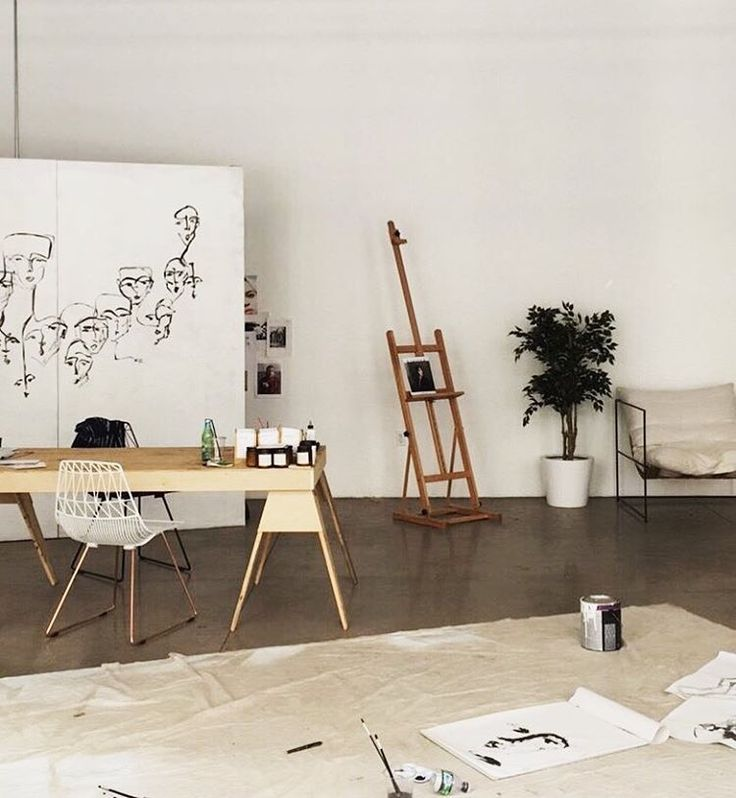 Minimalist Scandinavian art studio // tumblr room decor hipsters aesthetics