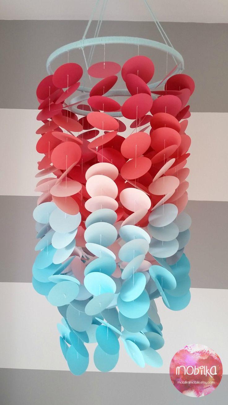 Mobile en papier Corail rose aqua bleu. Chambre petite fille. Chambre de bébé. Décoration pour chambre d'enfant. Mobile décoratif en papier de la boutique mobilkamobile sur Etsy