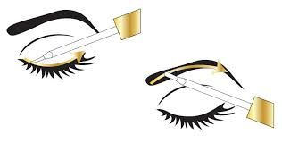 ¿Cómo se usa tu Long4Lashes? Primero debes quitar el maquillaje de tus ojos y pestañas. Luego con la piel limpia y seca, poner una pequeña cantidad del suero en el pincel aplicador y distribuir a lo largo de toda la línea de las pestañas, desde el lagrimal hacia el exterior del ojo. ¡Y listo! Repite esto cada noche, teniendo cuidado de no aplicar en el interior del ojo y en la línea de las pestañas inferiores. ¡En tres semanas notarás la diferencia ...en cuatro meses tendrás una nueva…
