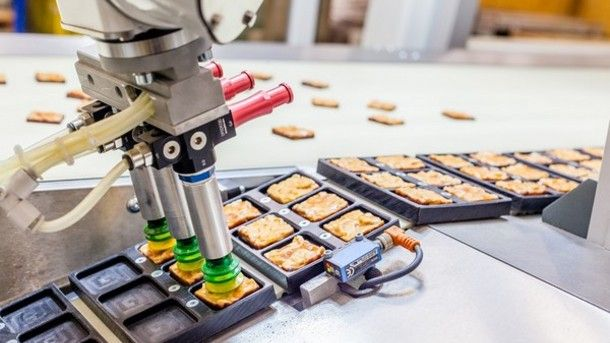 How Robotic Automation Will Benefit Food and Agriculture http://ift.tt/2oTprUt