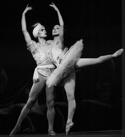 Rudolf Nureyev and Margot Fonteyn in the Grand adage from Nureyev's staging of the Petipa/Minkus The Kingdom of the Shades for the Royal Ballet, London, 1963.