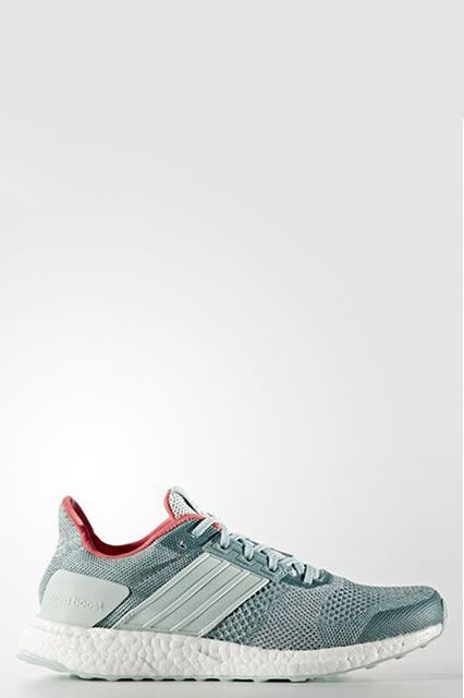 Into these contrasting colors.Adidas Women Running Ultraboost St Shoes, $180, available at Adidas.  #refinery29 http://www.refinery29.com/2016/11/129129/nyc-most-popular-clothing-brands#slide-26