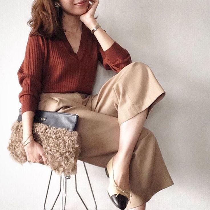 秋冬に必要なのは着太りしない細見えセーターですよね。それならユニクロのリブセーターにおまかせあれ!見た目に差がつくおすすめアイテムを素敵なコーデとともにご紹介します。