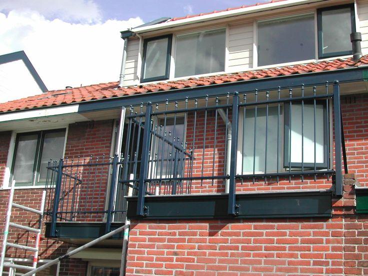 model-twiske-2. Maatwerk sierhekwerk van metaal voor tuin, voortuin en balkon.