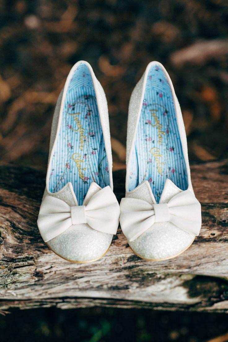 white sparkle wedding #shoes @weddingchicks