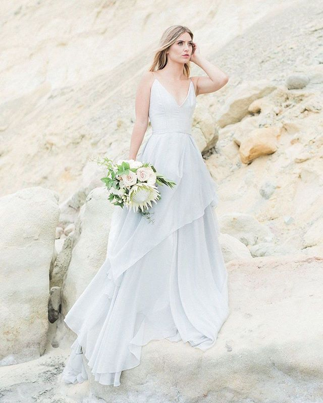 Woke Up To Snow In The Bay Area Today It Definitely Makes Me Appreciate This Dreamy Bea Wedding Dress Inspiration Sweet Wedding Dresses Gorgeous Wedding Dress