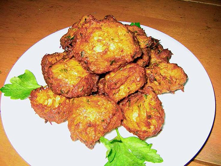 Codfish Fritters Recipe  http://leitesculinaria.com/7586/recipes-portuguese-salt-cod-fritters.html