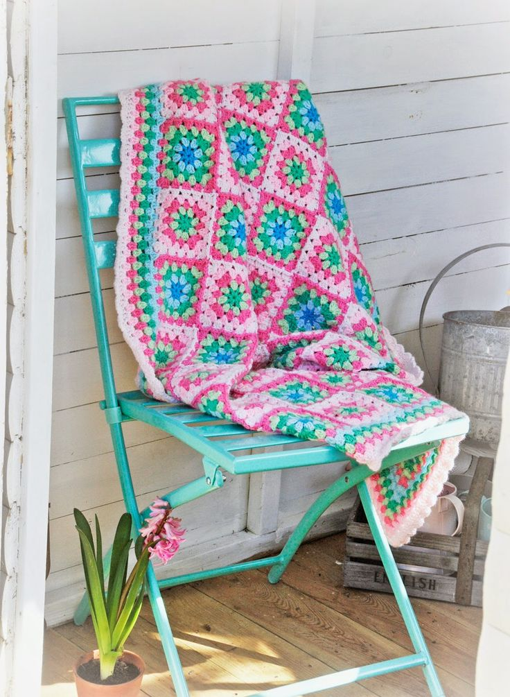 @ Helen Philipps: Marshmallow Granny Square Blanket ༺✿ƬⱤღ  http://www.pinterest.com/teretegui/✿༻