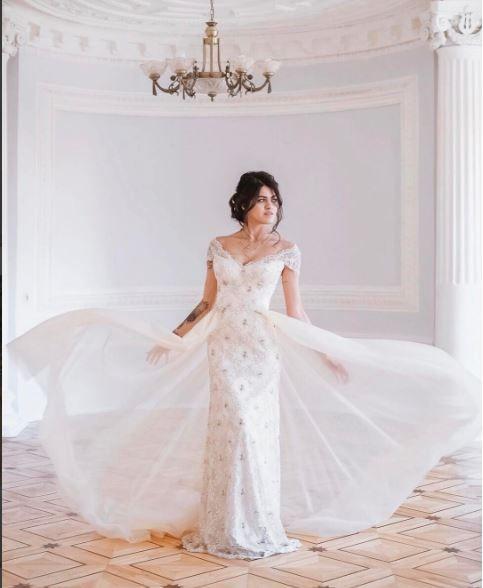 Cвадебное платье цвета капучино