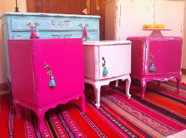 Mesas de luz francesas ideas para el hogar pinterest for Muebles restaurados vintage