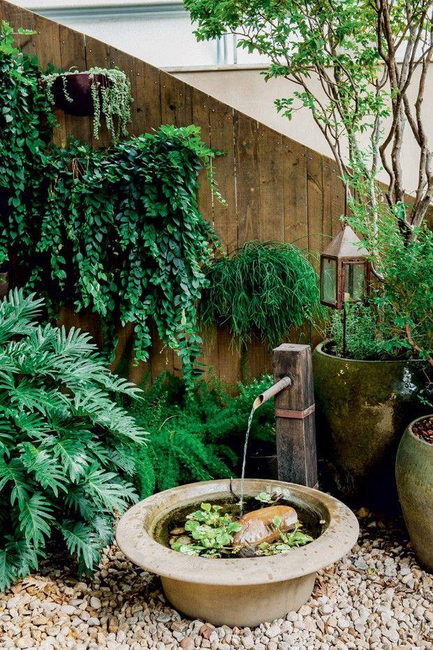 1000 ideias sobre fontes de gua de jardim no pinterest for Bar piscina lago jardin 1