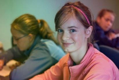 English for her au Camp Trois-Saumons, cours d'anglais pour les filles 13 à 15 ans.
