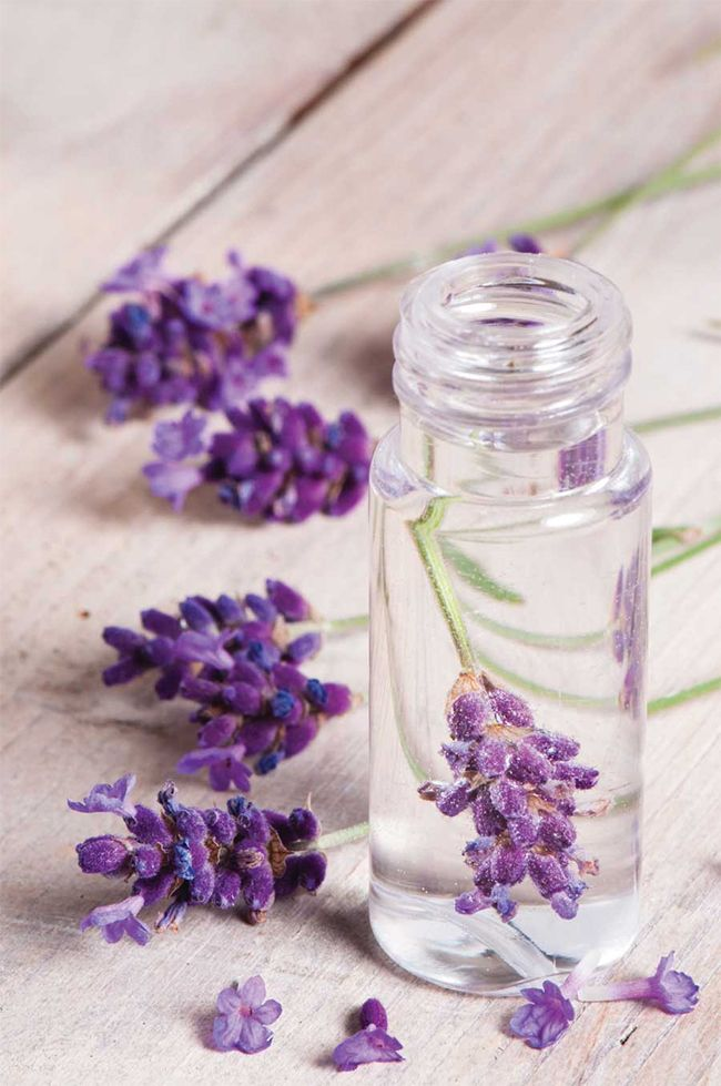 13 Ways to Make Your Own Perfume | HelloNatural.co