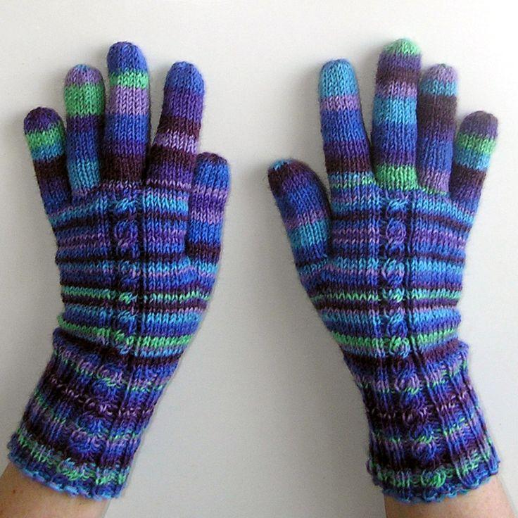 Fassett-ky+pletené+rukavice+Rukavičky+ručně+pletené+zklasicky+barevné+příze+fy+REGIA,klasická+délka+zápěstí+Barvy+příze+pro+vás+vybral+a+sladil+světoznámý+designer+Kaffe+Fassett+Material:75%+New+Woll.25%polyamid+Rukavičky+jsou+vytvořené+tak,aby+pár+k+sobě+ladil,ale+každý+pár+má+trochu+jinak+posunuté+pruhování..vzhledem+k+barevnosti+příze+je+tak+každý+pár...
