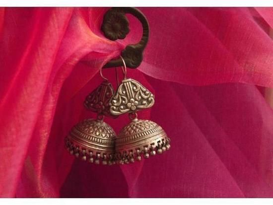 Handmade silver earrings, made in India in the Indian ethnic design of a Jhumka. Material: sterling silver #jewellery #jewelry