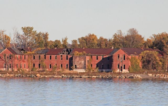 Hart Island, The Largest Mass Grave Site In the U.S.