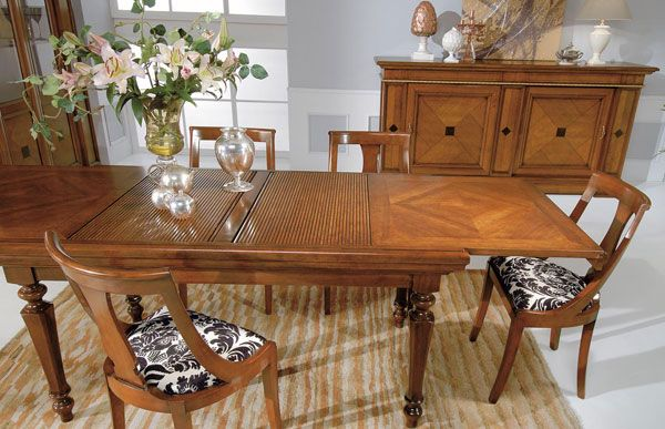 Klasszikus asztal dió - www.montegrappamoblili.hu