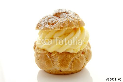 Une recette de base qui entre dans la composition de nombreuses pâtisseries, de la plus simple comme les tartes à la plus compliqu...