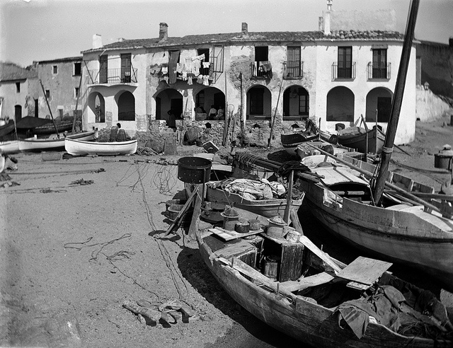Baldomer Gili Roig. Platja del Port Bo (Calella de Palafrugell), 1905 - 1925 by Museu d'Art Jaume Morera, via Flickr