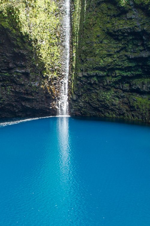 Cascade Chaudron, Reunion Island, by Lëahcim Thazard