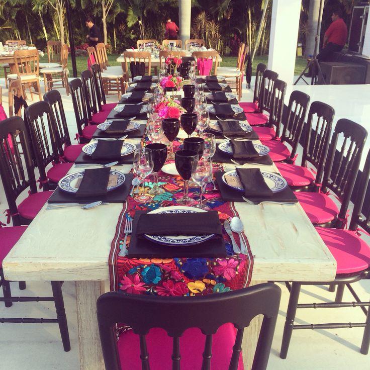 Ms de 25 ideas increbles sobre bodas mexicanas en pinterest increble boda estilo mexicano sin perder el toque sper elegante altavistaventures Gallery