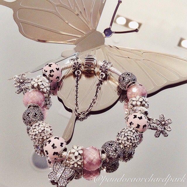#Pandora #Braccelet For more great pins go to @KaseyBelleFox