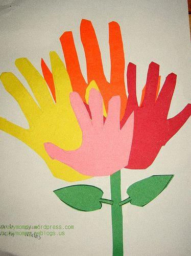 bloem van handen