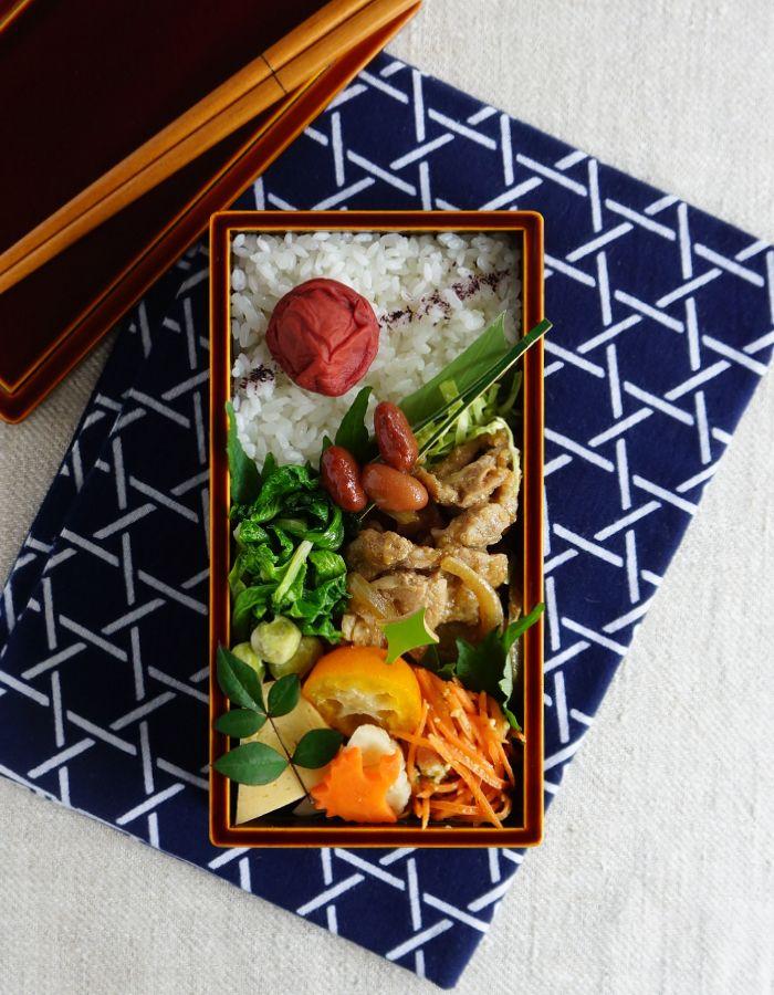 Ginger pork bento/豚肉の生姜焼き弁当